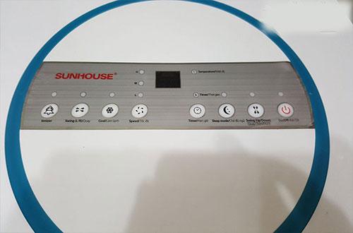 Quạt điều hòa sunhouse shd7721 được thiết kế những nút bấm khá tiện dụng