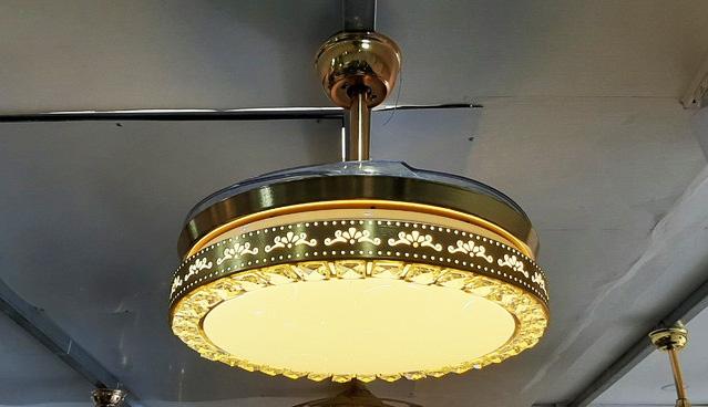 Quạt trần đèn Breezelux 9015 ảnh 2