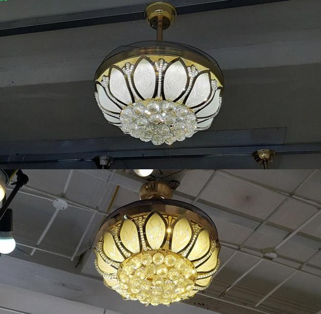 quạt trần đèn breezelux 9305 khi bật đèn