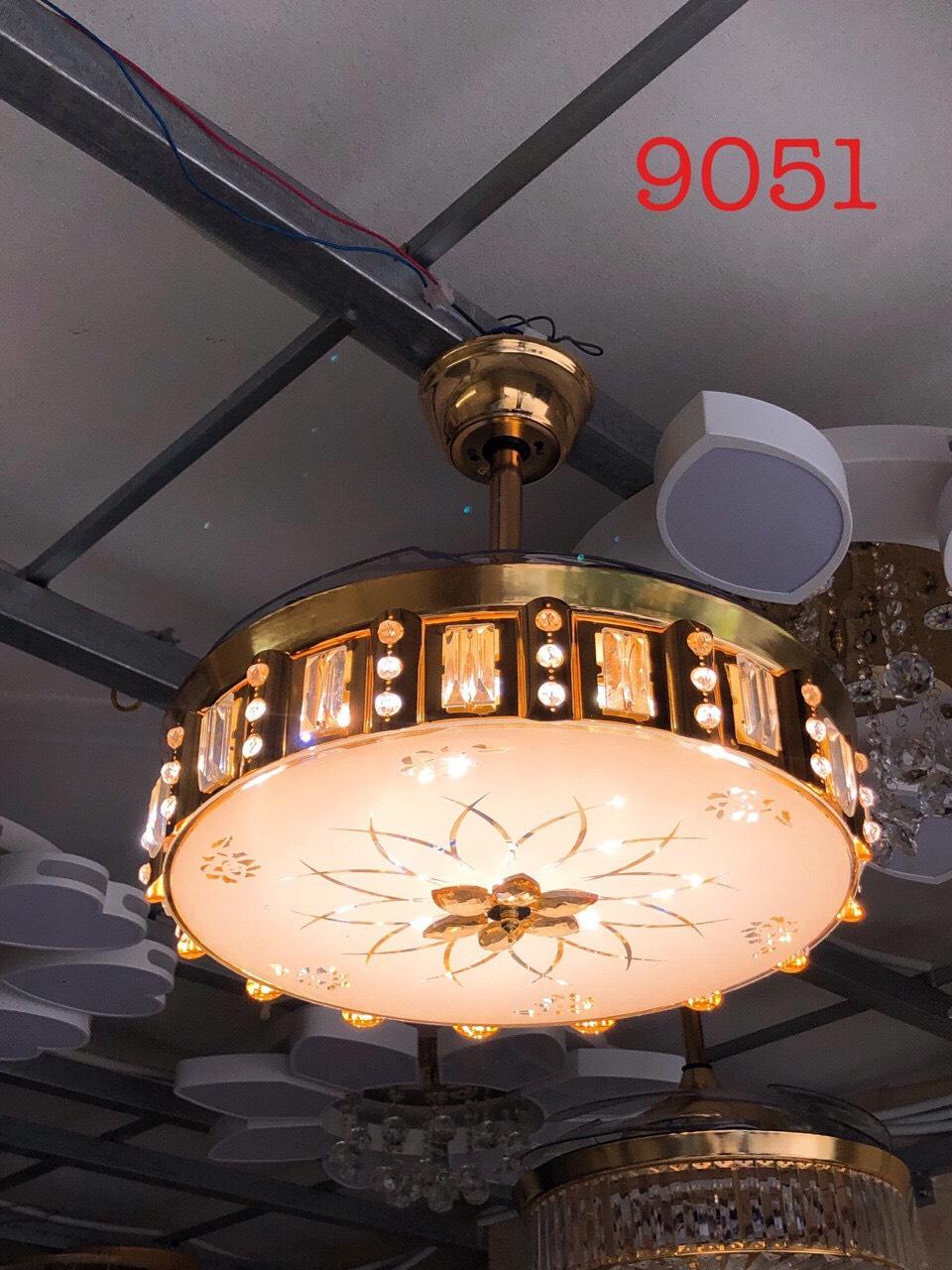 Quạt trần đèn 9051