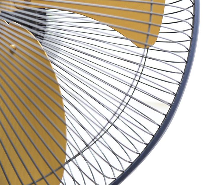 Nan quạt đan daỳ khít an toàn khi sử dụng